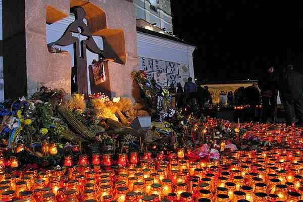 Памятник жертвам Голодомора разрушили на Днепропетровщине