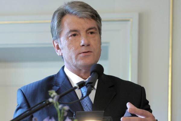 """Ющенко """"похоронил"""" газовые контракты с Россией"""
