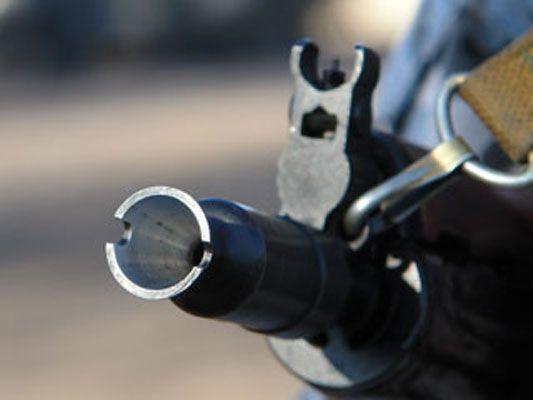 Криминального авторитета расстреляли прямо в машине