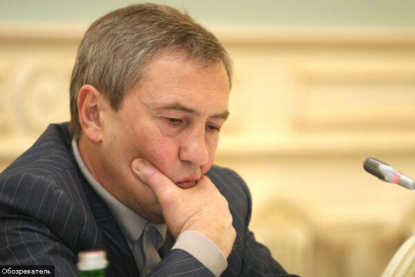 Черновецкий запретил агитацию на Майдане
