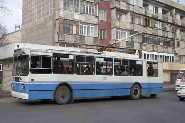 Водители симферопольских троллейбусов вышли на забастовку