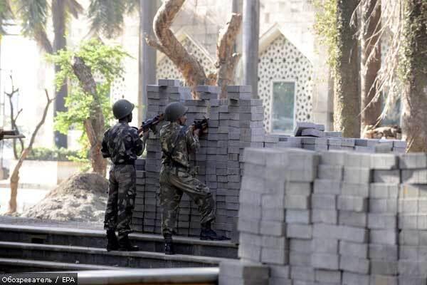 Подозреваемый в мумбайских терактах отверг все 86 обвинений