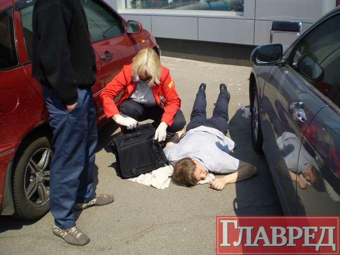 """Пять авто на набережной сыграли в """"паровозик"""" (ФОТО)"""