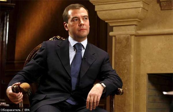 Россияне не признали Медведева