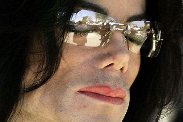 Джексон витрачав на знеболюючі $ 50 тис. на день