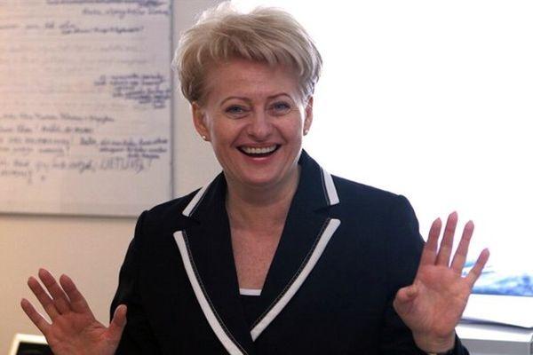 Литовський президент відразу відмовилася від половини зарплати