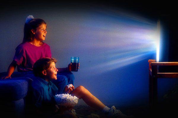 Россияне будут смотреть фильмы только ночью темной