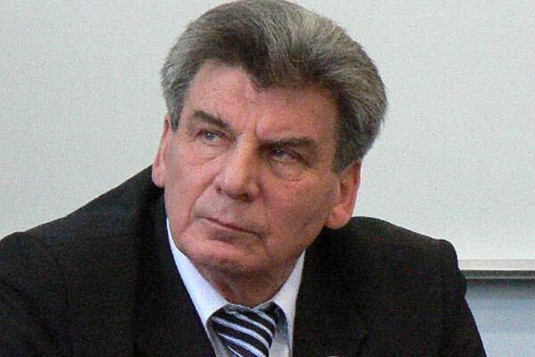 Міністр Тимошенко передумав йти у відставку