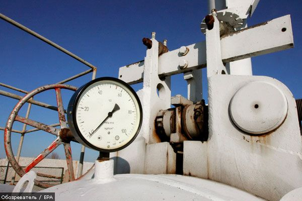 Украина сократила транзит российского газа почти наполовину