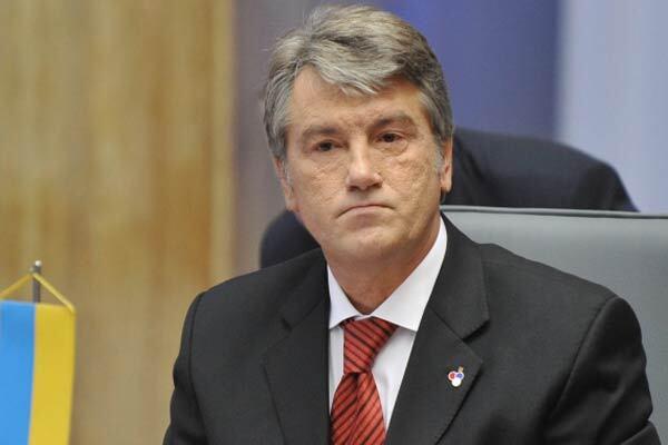 """Ющенко повідав про колишні """"подвиги"""" Лозінського"""