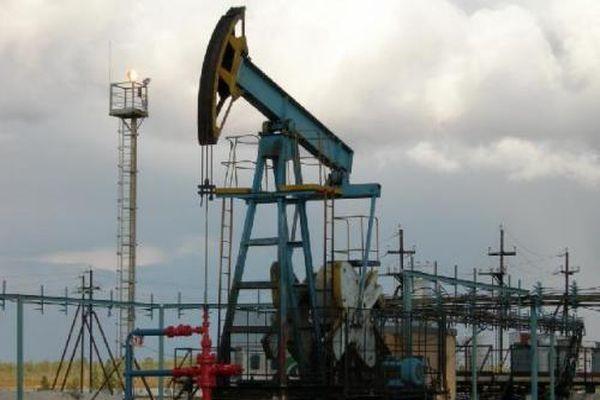 Ціна на нафту впала до двомісячного мінімуму