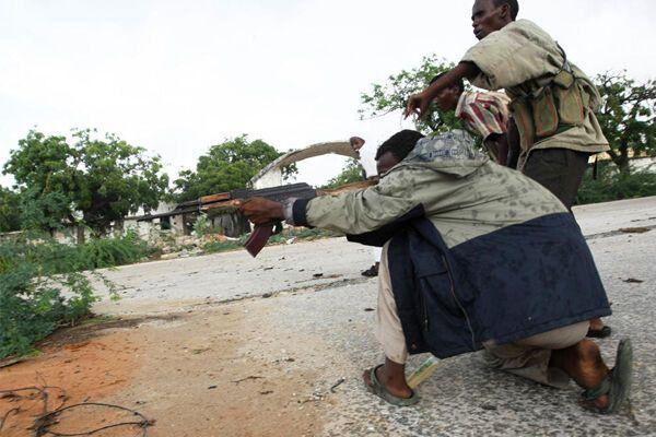 Сомалийские боевики обстреляли мечеть