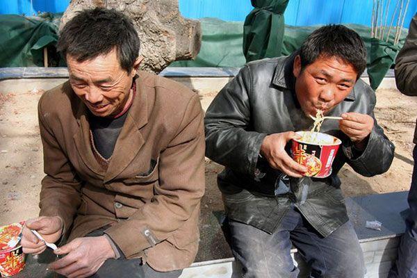 На Киевщине полтора десятка китайцев держали за рабов