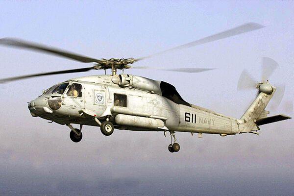 Пираты обстреляли американский вертолет