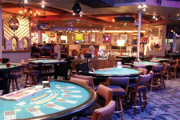 Проигравшись в казино, мужчина подорвал себя
