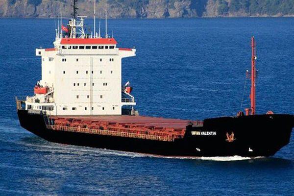 Отпущены 5 одесских моряков с арестованного в Греции судна