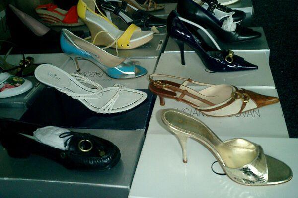 На Сумщине пресекли контрабанду 600 пар обуви