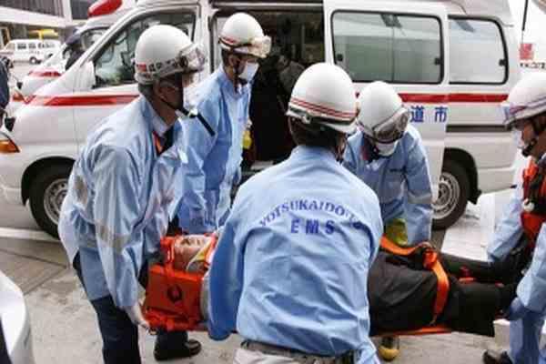 Самолет попал в сильную турбулентность, десятки пострадавших