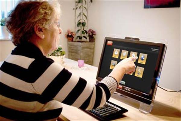 У Данії придумали комп'ютер для пенсіонерів. ФОТО
