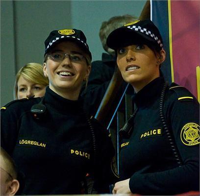 Как выглядит девушка-полицейский в 47 странах мира? ФОТО