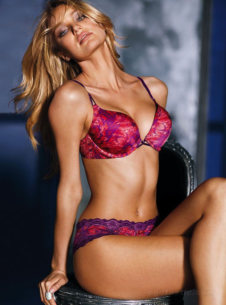 Sexy celebrity lingerie — photo 10