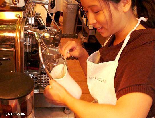 Как приготовить яичницу на кофеварке