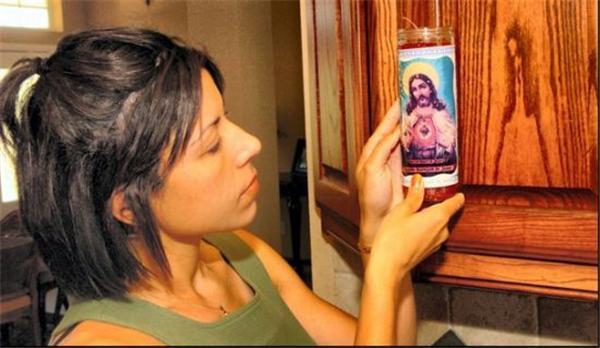 Нерукотворное.Лікі Ісуса на предметах. Таки Бог існує!