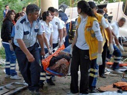 У Туреччині загинуло понад півтора десятка людей