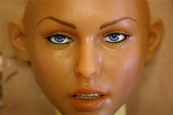 Секс-ляльки з силікону: як це робиться: ФОТОрепортаж
