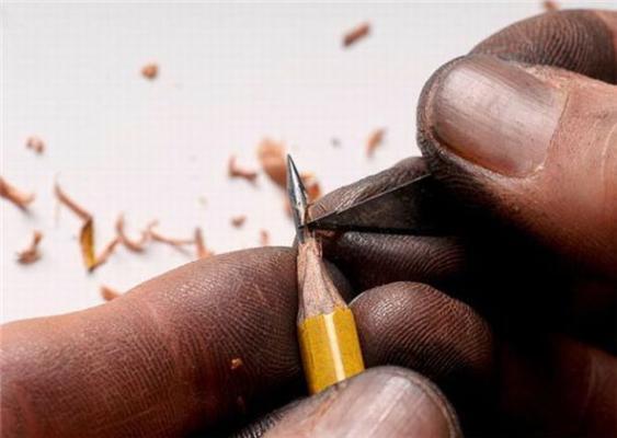 Скульптури на олівцях