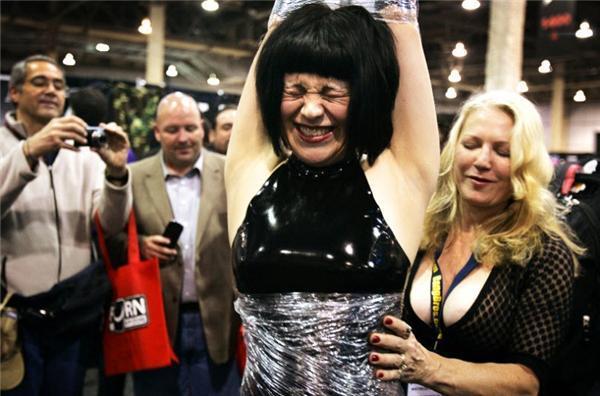 Виставка порноіндустрії Adult Entertainment Expo