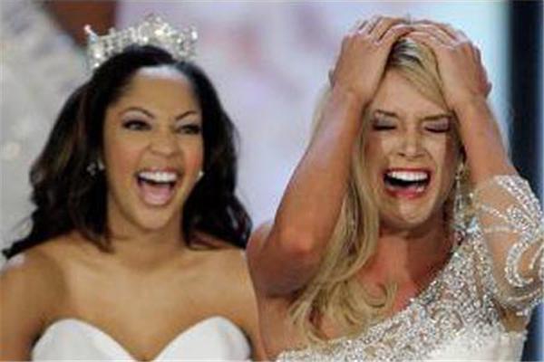 """Міс Америка"" стала 17-річна блондинка. ФОТО"