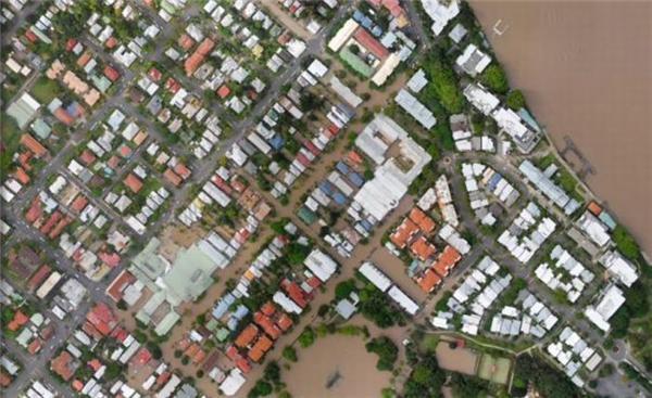 Утонувший город Брисбен (40 фото)