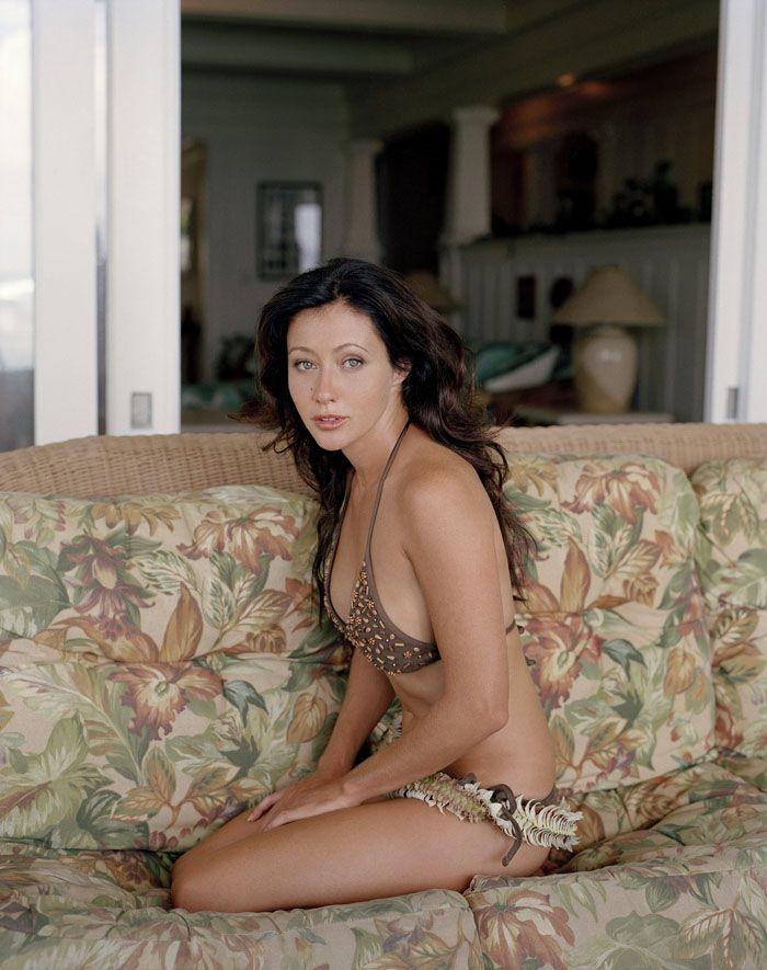 Бренда из «Беверли-Хиллз»: фотосет в бикини