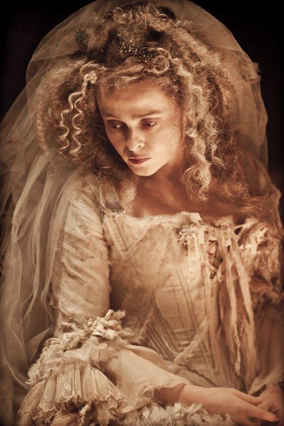 Хелена Бонэм Картер в образе страшной старой невесты
