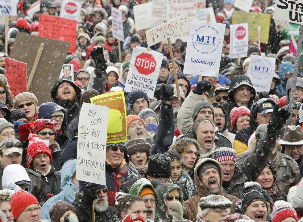 Протесты в Капитолии Висконсина