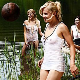 Футболистки сборной Германии снялись для Playboy. Фото