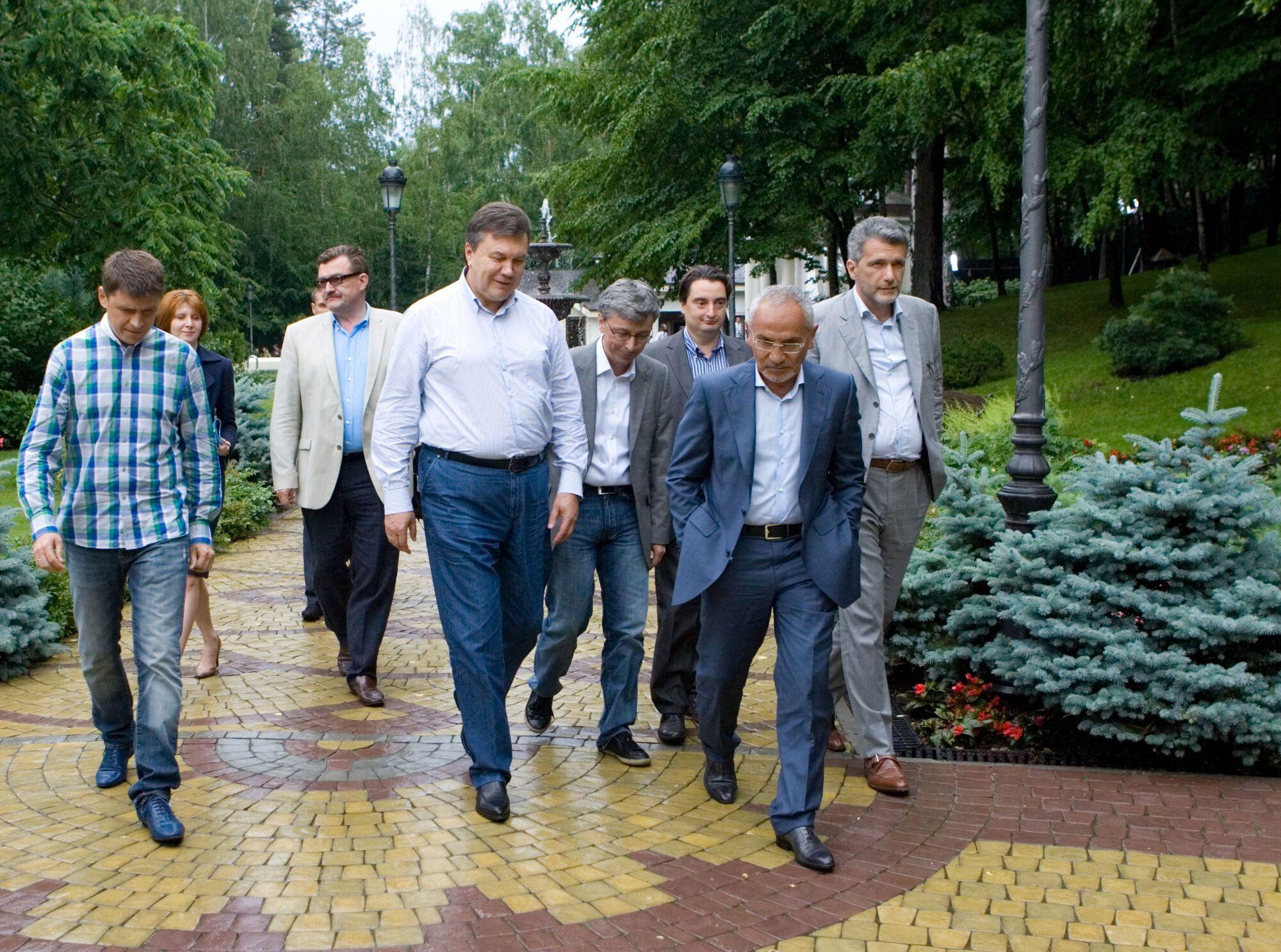 Путешествие в Межигорье. Фоторепортаж