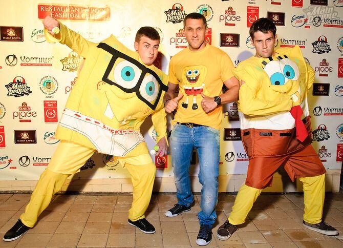 Ірина Журавська з чоловіком на Sponge Bob Party