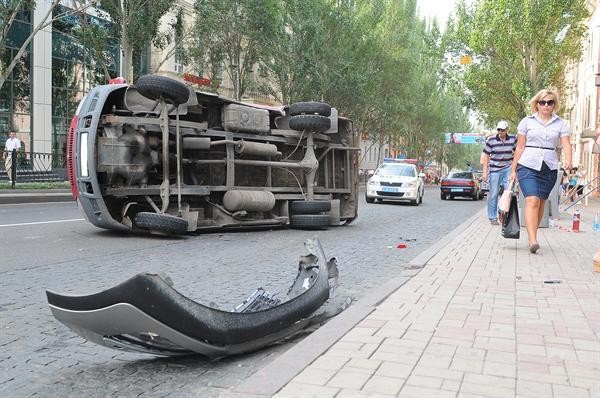 "Kia Sportage швырнула ""Газель"" прямо в пешеходов на «зебре»"