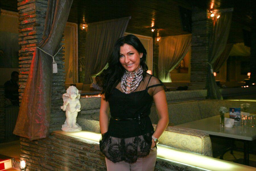 Вечеринка в клубе с Юлией Айсиной