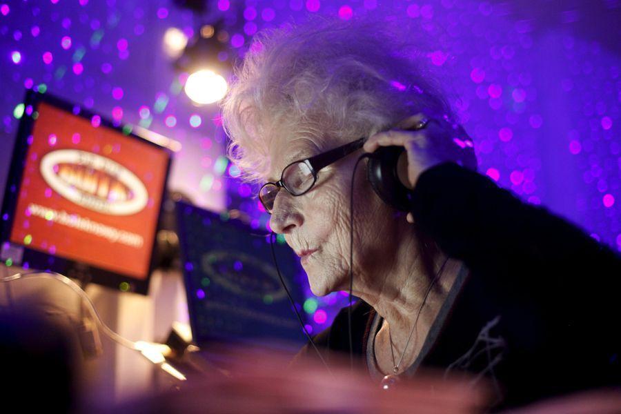 DJ Wika Szmyt: 73-річна діджей з Польщі