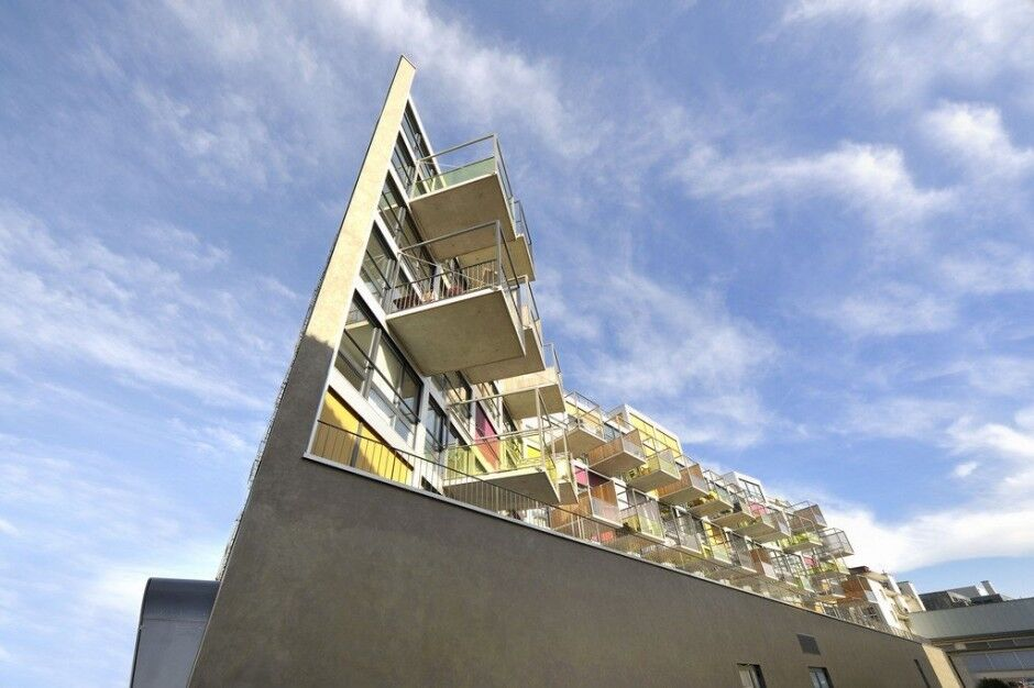В Цюрихе построили дом в стиле funky