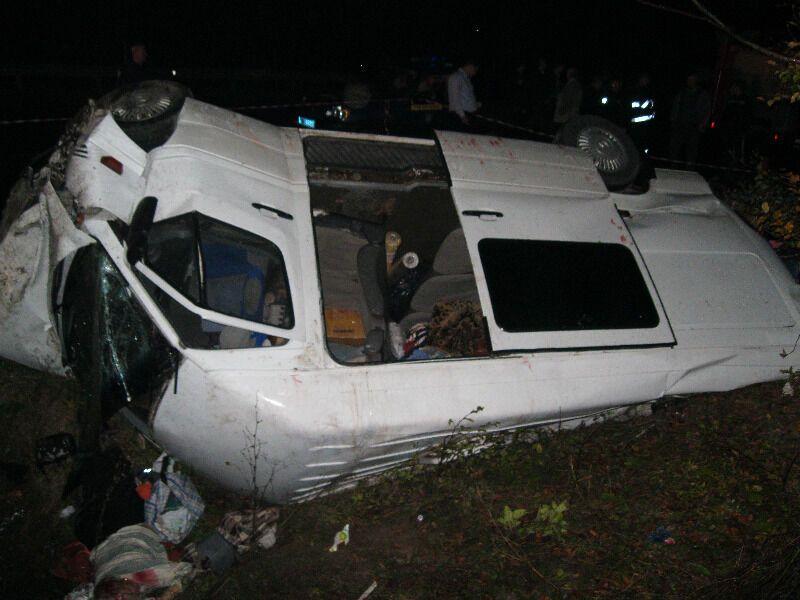Возбуждено дело по факту аварии микроавтобуса на Закарпатье