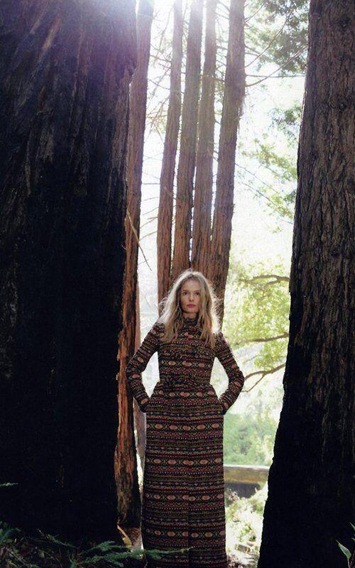 Босворт стала романтической героиней для C Magazine. Фото