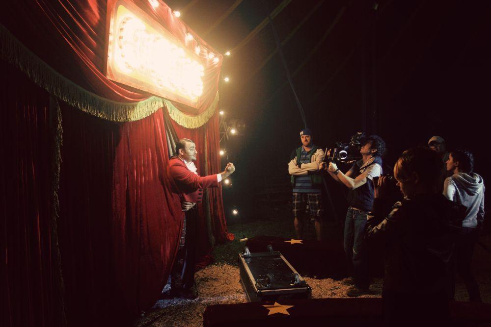 """Группа """"Бумбокс"""" устроила цирк на сцене"""