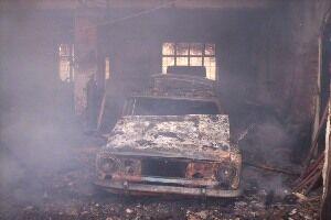 У Полтавській області на СТО згоріли два автомобілі