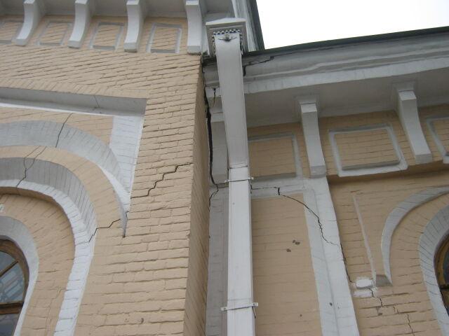 В Киеве из-за строительства развязки пострадал памятник архитектуры