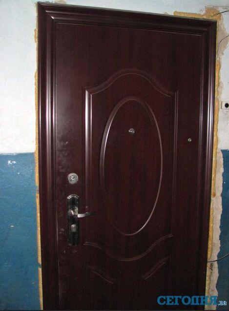 Правозахисниця вважає, що мати Макар хімічить з квартирами. Фото