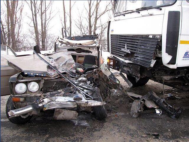 У Хмельницькому в ДТП загинули три людини